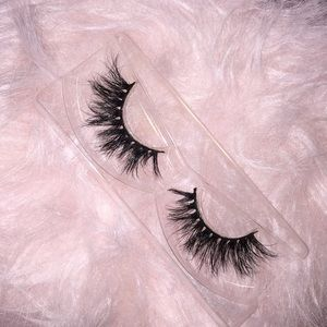 .100% natural cruelty free mink lashes